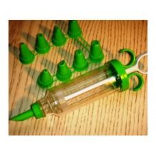 Кондитерский шприц с набором насадок